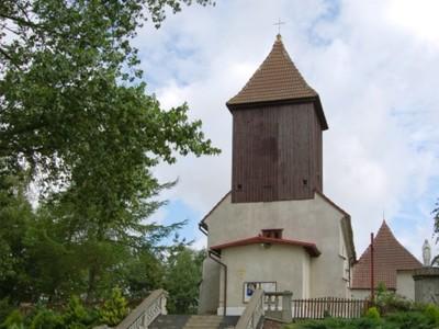 Postomino: kościół parafialny pw. Świętego Floriana z 1846 r., neobarokowy
