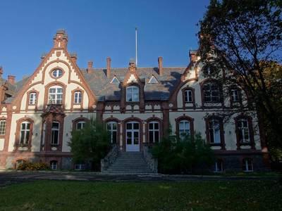 Zespół Pałacowo Parkowy w Chraplewie