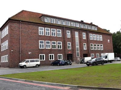 Widok budynku Szkoły Podstawowej nr 2 w Sławnie