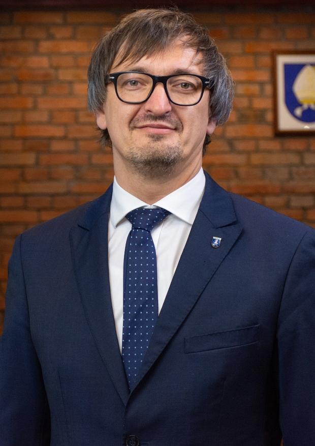 Burmistrz Miasta i Gminy Pelplin Mirosław Chyła [620x877]