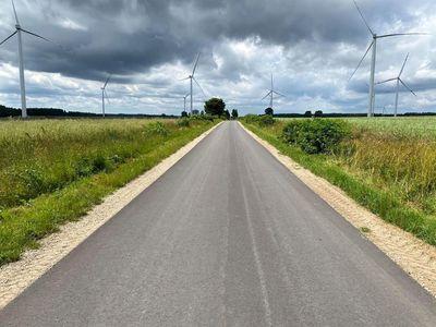 Zdjęcie przedstawia odcinek nowej drogi Darskowo - Witosław.