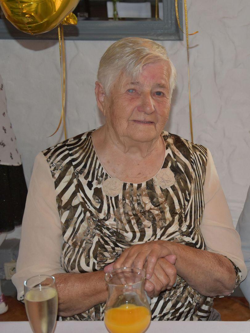 Zdjęcie przedstawia Jubilatkę Zofię Galek z Malechowa.