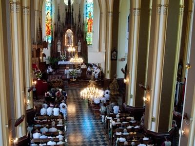 Kościół w Gościeradowie - nawa główna