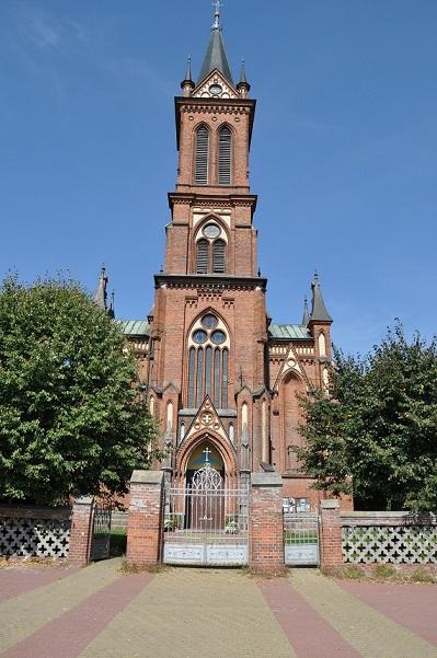 Kościół w Gościeradowie widok frontowy