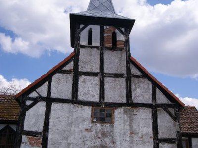 Kościół w Kowalkach - wejście do kościoła