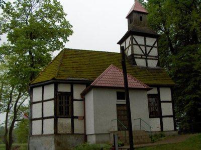 Kościół w Dobrowie