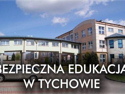 Bezpieczna edukacja w Tychowie. Na zdjęciu Szkoła Podstawowa w Tychowie